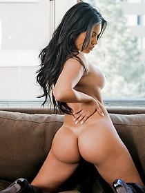 Curvy Playboy Model Juliana Araujo