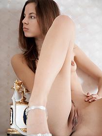 Cute Antea Posing Nude