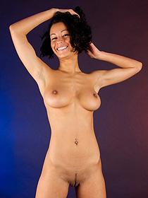 Busty Girl Takes Her Bikini Off