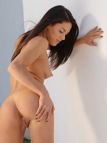 Carolina Gets Nude