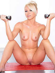 Krystal Shy's Nude Workout