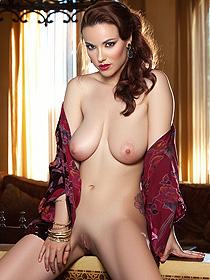Hot Busty Elizabeth Marxs