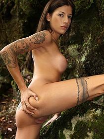 Naked Tattooed Silvia Dellai