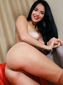 Naked Sweet Black Haired Chick