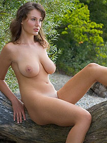 Busty Ashley Is Nude Outdoor