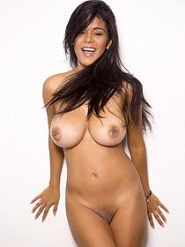 Busty Goddess Kendra