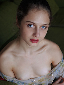 Petite Teen With Sexy Blue Eyes