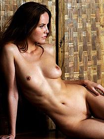 Sexy Brunette Camilla