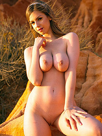 Bsuyt Stella Cox Is Nude Outdoor