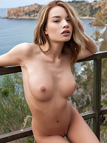 Nici Stripping Outdoor