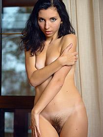 Niketta's Hot Hairy Pussy