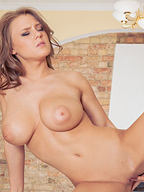 Vanea Gets Horny