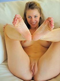 Playful Blonde Misty
