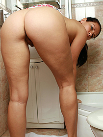 Carmen Gets Nude In The Bathroom