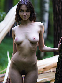Lara Maiser Gets Nude Outdoors