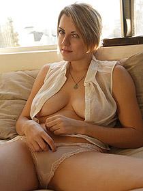 Busty Babe Lydia Graniva