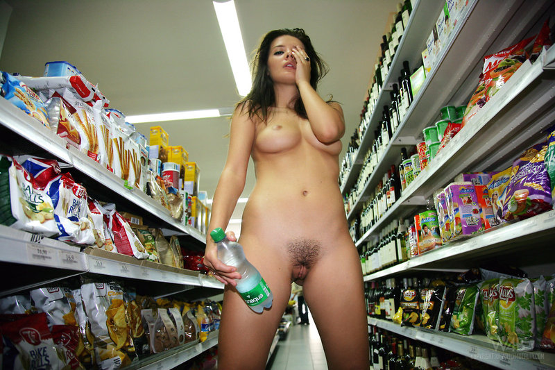 Naked girl presenting her body in public-08