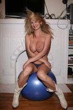 Jenny McClain Reveals Her Big Boobs-06